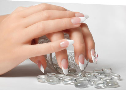 french-manicure-01